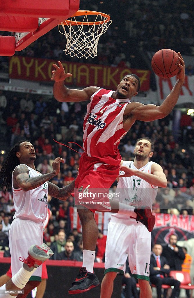 Kyle Hines, #4 of Olympiacos Piraeus in action during the 2012-2013 Turkish Airlines Euroleague Top 16 Date 4 between Olympiacos Piraeus v Montepaschi Siena at Peace and Friendship Stadium on January 18, 2013 in Athens, Greece.