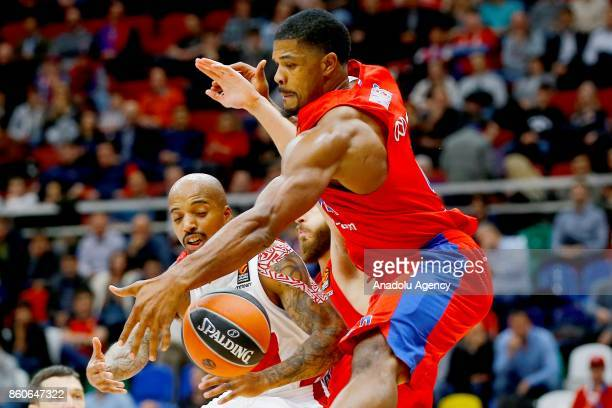 Kyle Hines of CSKA Moscow vies with Jordan Theodore of AX Olimpia Milan during the Turkish Airlines Euroleague match between CSKA Moscow and AX...