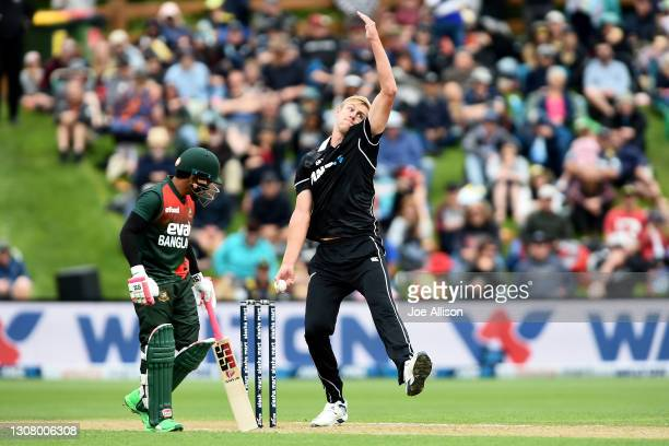 Kyle Jamieson of New Zealand bowls during game one of the One Day International series between the New Zealand Blackcaps and Bangladesh at University...