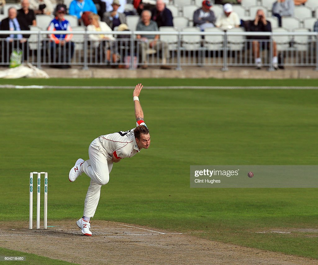 Lancashire v Middlesex: Specsavers County Championship: Division One : News Photo