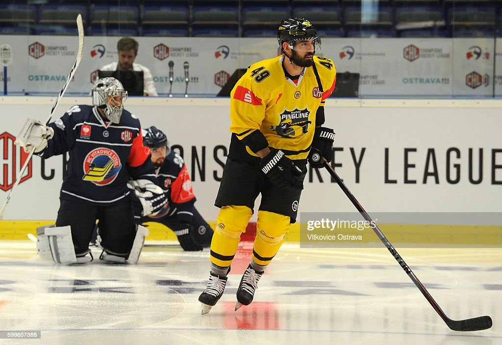 CZE: Vitkovice Ostrava v Krefeld Pinguine - Champions Hockey League