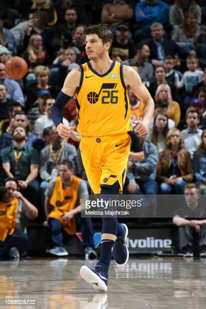 172cc7cf8 Kyle Korver of the Utah Jazz moves up the court during the game against the  San