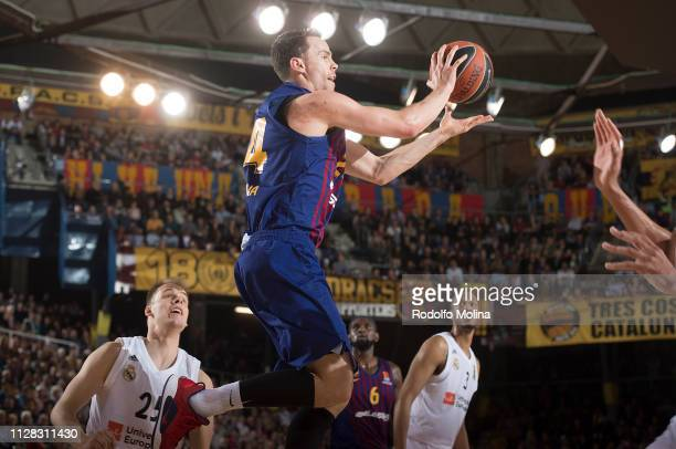 Kyle Kuric #24 of FC Barcelona Lassa in action during the 2018/2019 Turkish Airlines EuroLeague Regular Season Round 24 game between FC Barcelona...
