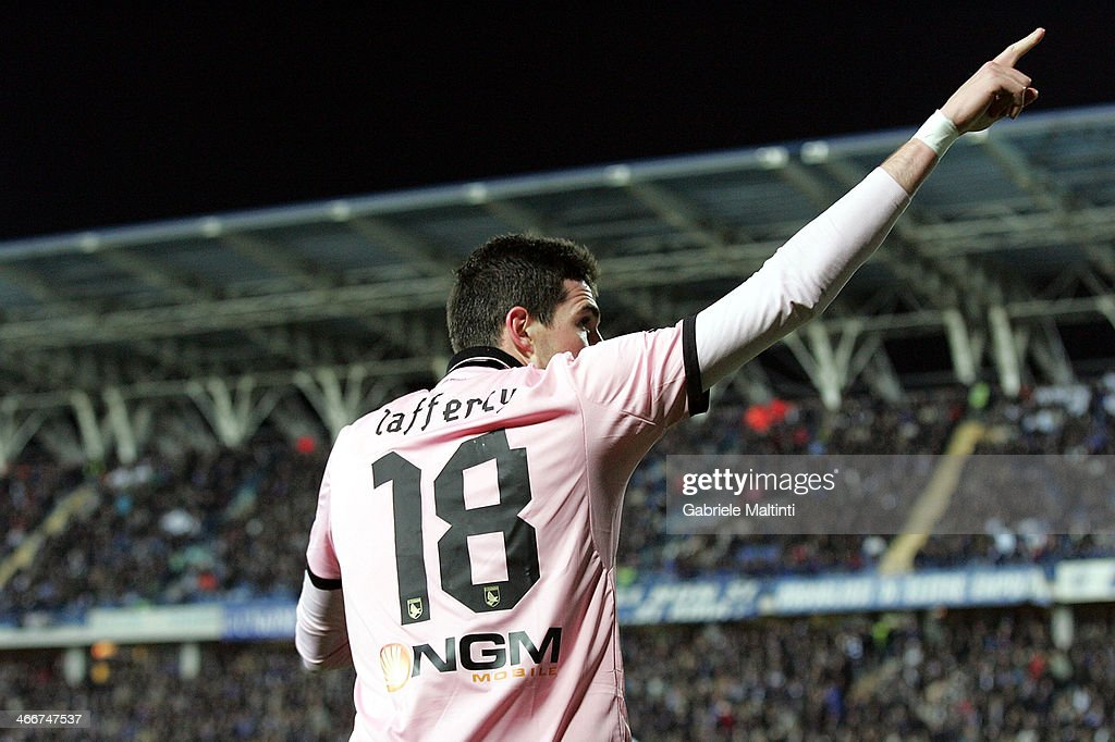 Kyle Lafferty of US Citta di Palermo celebrates after scoring a goal during the Serie A match between Empoli FC and US Citta di Palermo at Stadio Carlo Castellani on February 3, 2014 in Empoli, Italy.