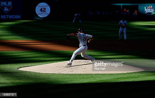 Kyle Lohse of the St Louis Cardinals throws a pitch against the Washington Nationals during Game Four of the National League Division Series at...