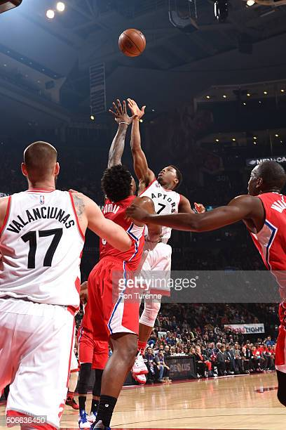 Kyle Lowry of the Toronto Raptors shoots the ball during the game against the Los Angeles Clippers on January 24 2016 at the Air Canada Centre in...