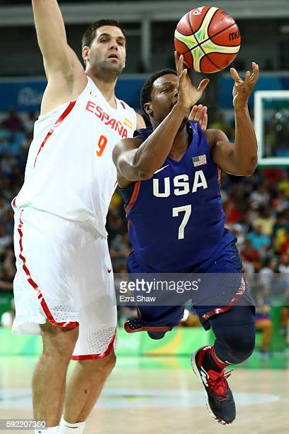 Kyle Lowry of United States goes to the basket against Felipe Reyes of Spain during the Men's Semifinal match on Day 14 of the Rio 2016 Olympic Games...