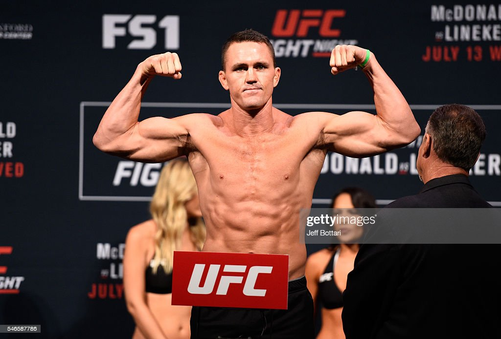Kyle Noke steps onto the scale during the UFC Fight Night weigh-in at Denny Sanford Premier Center on July 12, 2016 in Sioux Falls, South Dakota.