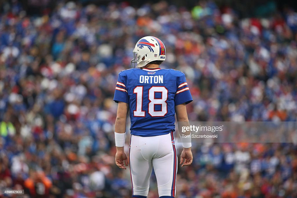 Kyle Orton #18 of the Buffalo Bills during NFL game action against the Cleveland Browns at Ralph Wilson Stadium on November 30, 2014 in Orchard Park, New York.