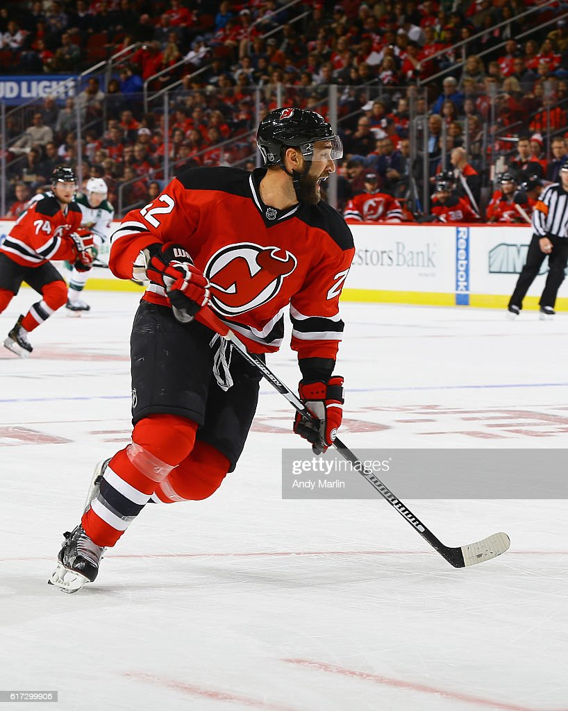 official photos 5cbd4 4691a Kyle Quincey of the New Jersey Devils playing in his 500th ...