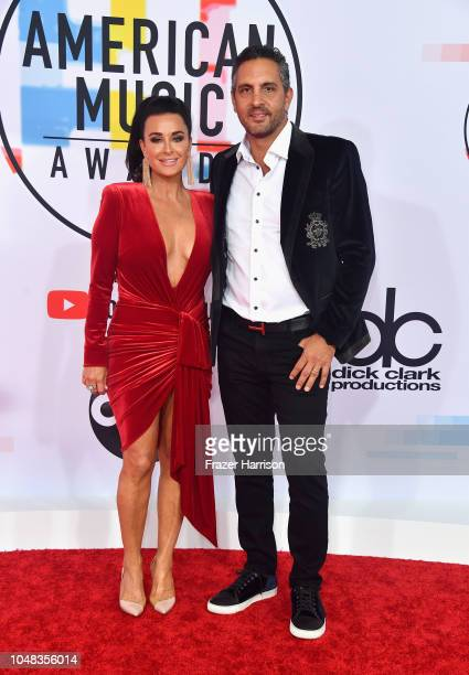 Kyle Richards and Mauricio Umansky attend the 2018 American Music Awards at Microsoft Theater on October 9 2018 in Los Angeles California