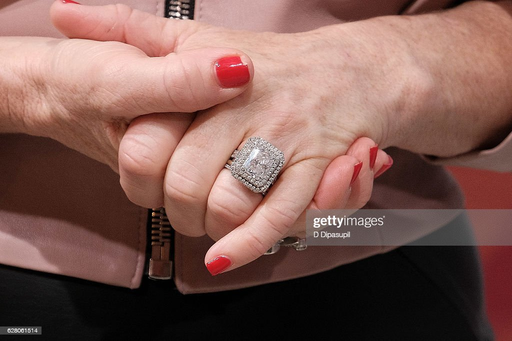 Kyle Richards Ring Pictures and Photos Getty Images