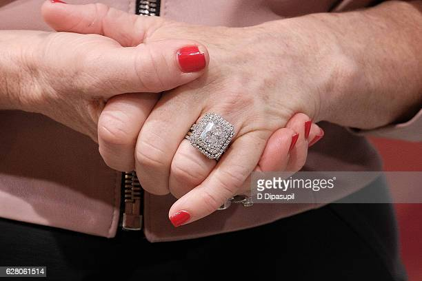 Kyle Richards Ring Detail Visits Extra At Their New York Studios Hm In