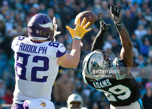 Kyle Rudolph of the Minnesota Vikings catches a touchdown against the Carolina Panthers in the first quarter during their game at Bank of America...