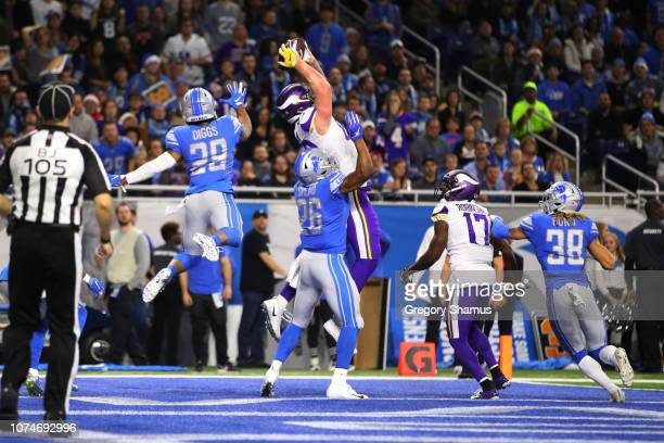 Kyle Rudolph of the Minnesota Vikings makes a touch down catch in the second quarter against the Detroit Lions at Ford Field on December 23 2018 in...