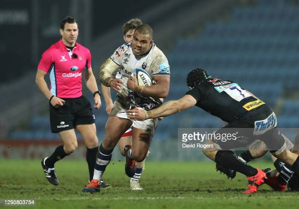 Kyle Sinckler of Bristol Bears charges upfield during the Gallagher Premiership Rugby match between Exeter Chiefs and Bristol at Sandy Park on...