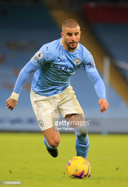 Kyle Walker of Manchester City on the ball during the Premier League match between Manchester City and Crystal Palace at Etihad Stadium on January...