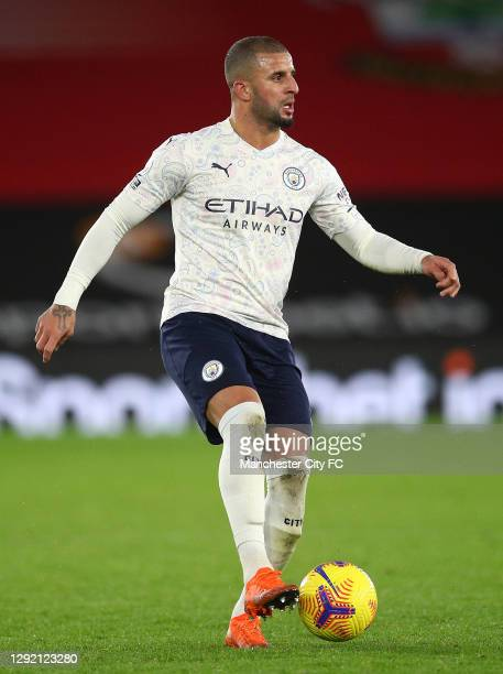 Kyle Walker of Manchester City runs with the ball during the Premier League match between Southampton and Manchester City at St Mary's Stadium on...
