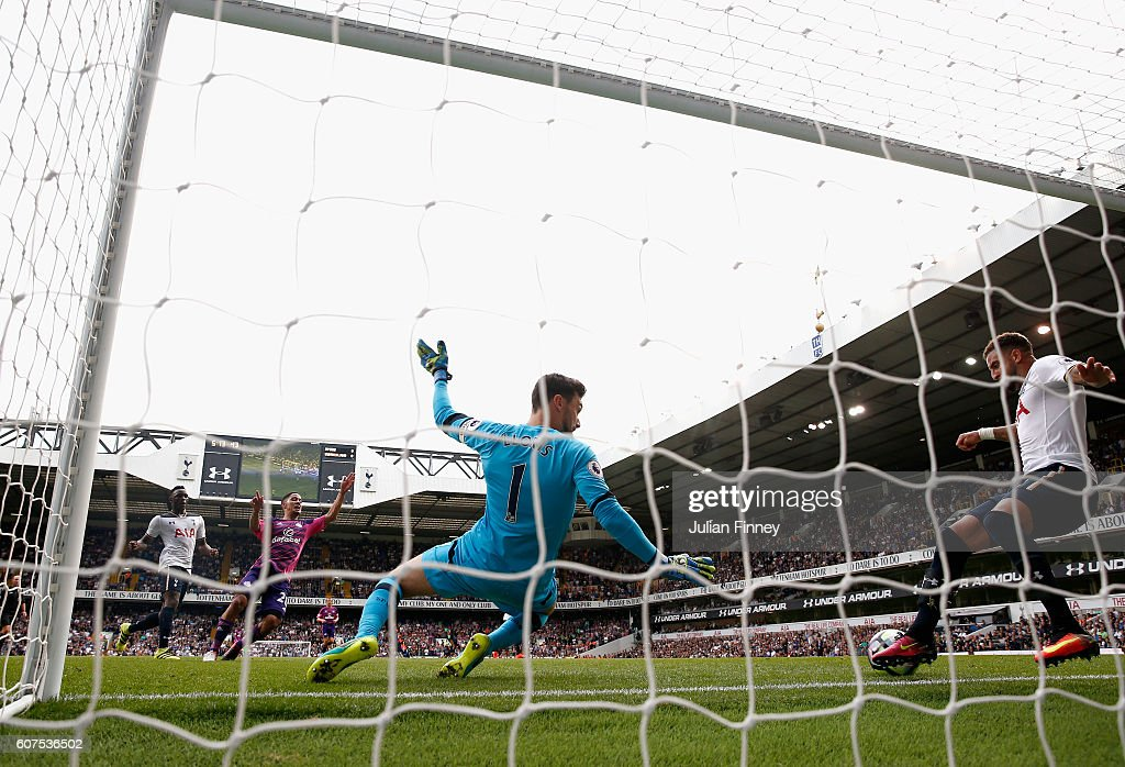 Kyle Walker of Tottenham Hotspur clears the ball off the line during the Premier League match between Tottenham Hotspur and Sunderland at White Hart Lane on September 18, 2016 in London, England.