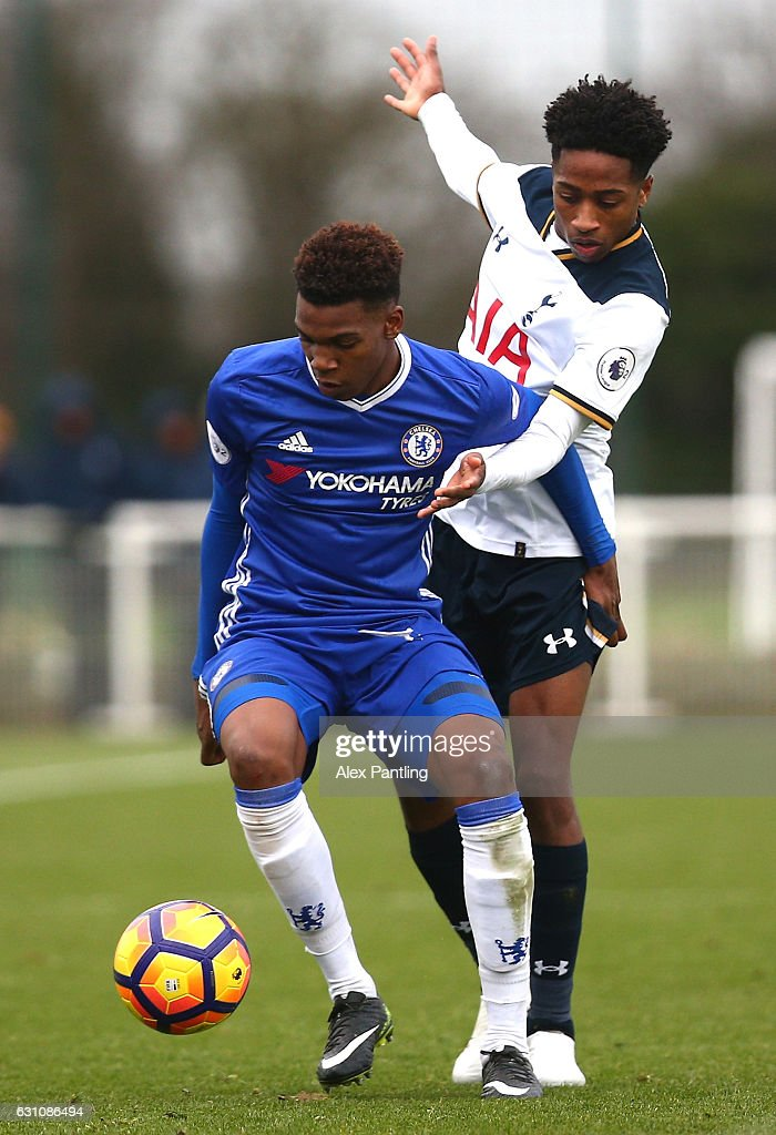 Kyle Walker-Peters of Tottenham Hotspur closes down Dujon Sterling of Chelsea during the Premier League 2 match between Tottenham Hotspur and Chelsea at Tottenham Hotspur Training Centre on January 6, 2017 in Enfield, England.