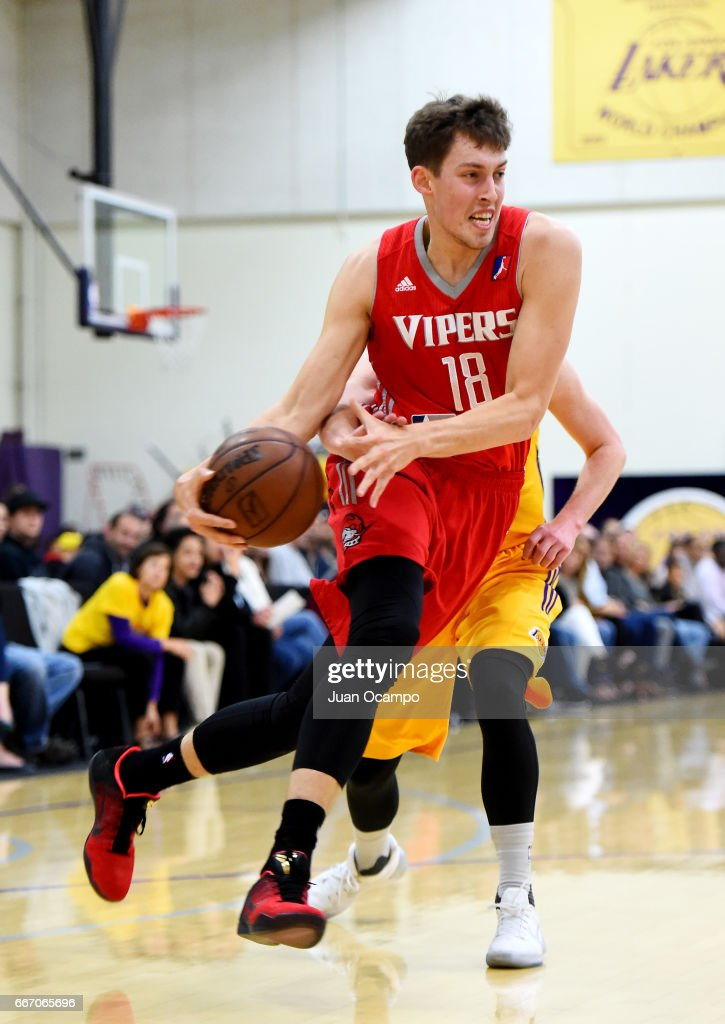 Kyle Wiltjer #18 of the Rio Grande Valley Vipers dribbles past Josh Magette #9 of the Los Angeles D-Fenders in Game Three of the Western Division SemiFinals on April 10, 2017 at Toyota Sports Center in El Segundo, California.