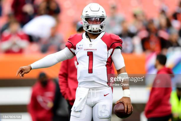 Kyler Murray of the Arizona Cardinals warms up before a game against the Cleveland Browns at FirstEnergy Stadium on October 17, 2021 in Cleveland,...