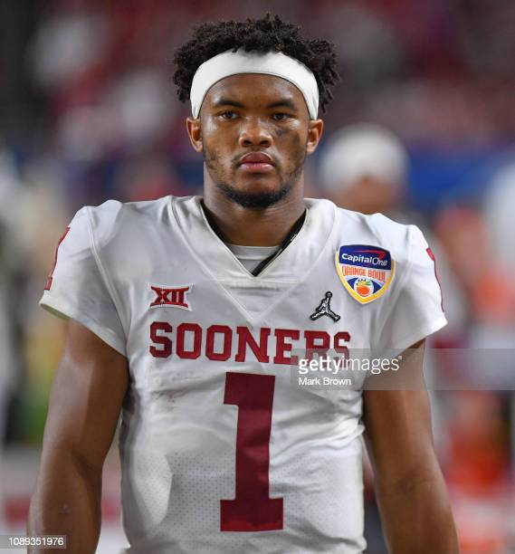 Kyler Murray of the Oklahoma Sooners in action against the Alabama Crimson Tide at Hard Rock Stadium on December 29 2018 in Miami Florida