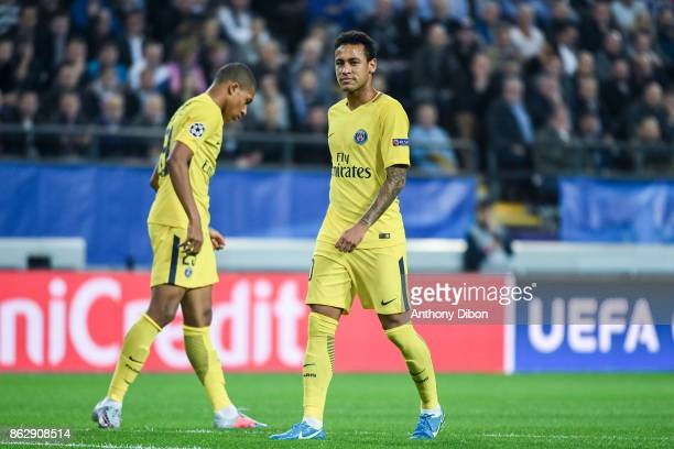Kylian Mbappe and Neymar Jr of PSG looks dejected during the UEFA Champions League match between RSC Anderlecht and Paris SaintGermain at Constant...