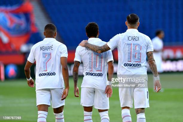 Kylian Mbappe Neymar Jr and Mauro Icardi react after Icardi scored on a Neymar Jr assist during the Friendly match between Paris SaintGermain and...