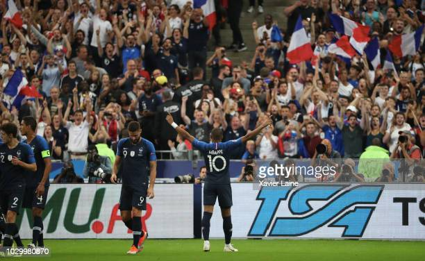 Kylian Mbappe of France celebrate his goal with teammates during the UEFA Nations League A group one match between France and Netherlands at Stade de...