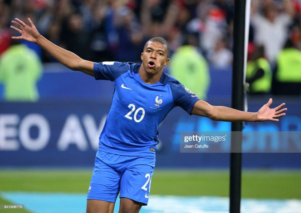 France v Netherlands - FIFA 2018 World Cup Qualifier