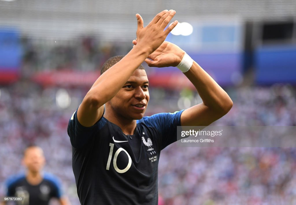France v Argentina: Round of 16 - 2018 FIFA World Cup Russia : Photo d'actualité