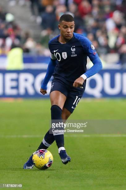 Kylian Mbappe of France controls the ball during the UEFA Euro 2020 Qualifier match between France and Moldova on November 14 2019 in Paris France