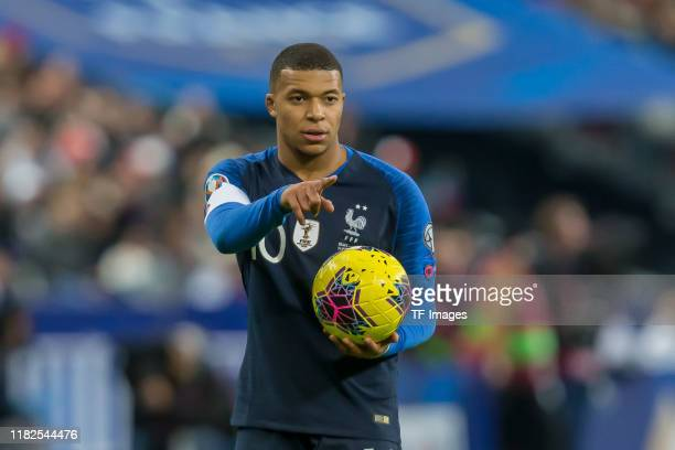 Kylian Mbappe of France gestures during the UEFA Euro 2020 Qualifier between France and Moldova on November 14, 2019 in Paris, France.