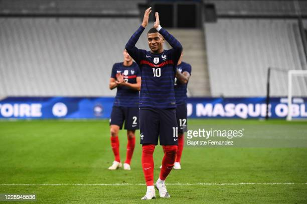 Kylian MBAPPE of France salutes the fans after the international friendly match between France and Ukraine on October 7, 2020 in Paris, France.