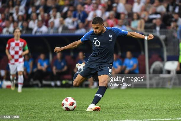 Kylian Mbappe of France scores a goal during the World Cup Final match between France and Croatia at Luzhniki Stadium on July 15, 2018 in Moscow,...