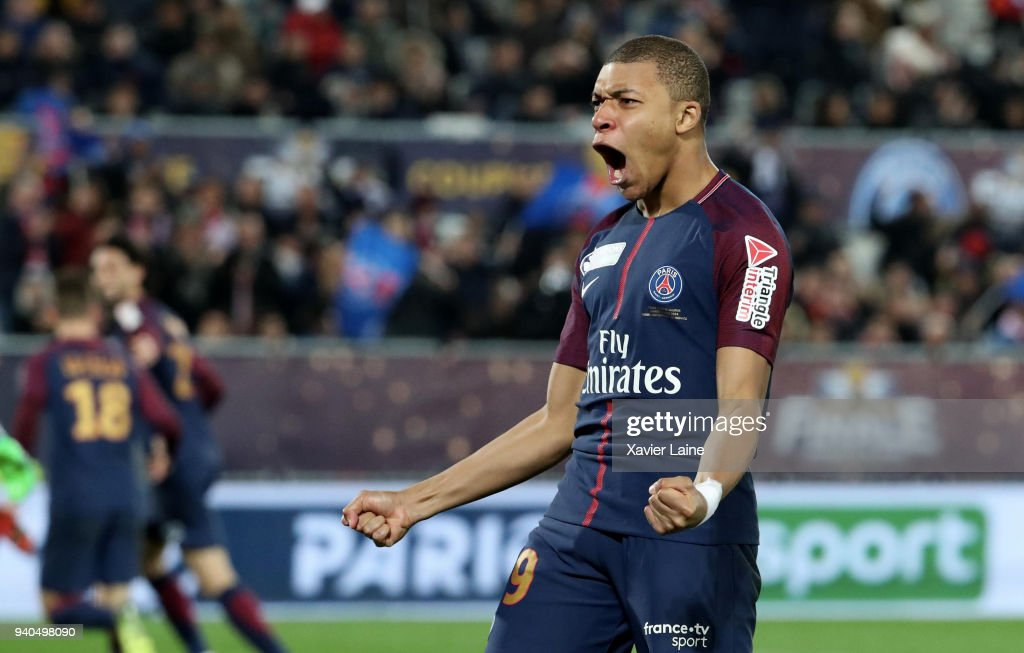 Kylian Mbappe of Paris Saint-Germain celebrate the second of Edinson Cavani during the League Cup Final match between Paris Saint-Germain (PSG) and AS Monaco at Matmut Arena on March 31, 2018 in Bordeaux France.