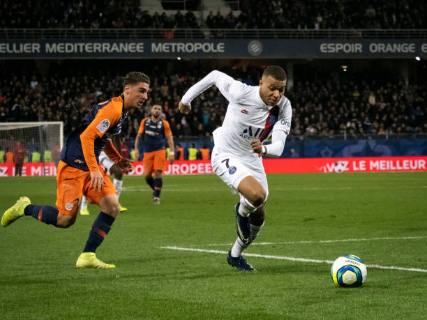 MHSC -EQUIPE DE MONTPELLIER -LIGUE1- 2019-2020 - Page 3 Kylian-mbappe-of-paris-saintgermain-during-the-ligue-1-match-between-picture-id1192544728?k=6&m=1192544728&s=612x612&w=0&h=eRs5TdmMh_FDTUbwCDhUOE006dOceTsuZeMRFkW8Nkw=