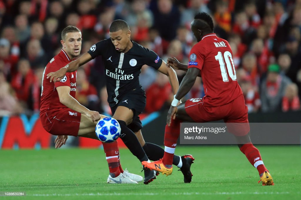 Liverpool v Paris Saint-Germain - UEFA Champions League Group C : ニュース写真