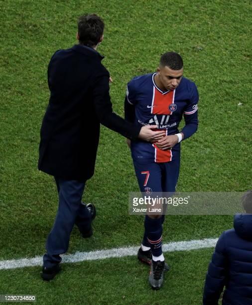 Kylian Mbappe of Paris Saint-Germain react with head coach Mauricio Pochettino during the Ligue 1 match between Paris Saint-Germain and Montpellier...