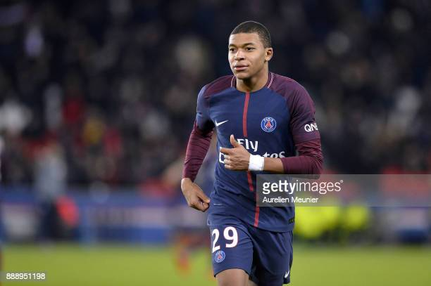 Kylian Mbappe of Paris SaintGermain reacts during the Ligue 1 match between Paris Saint Germain and Lille OSC at Parc des Princes on December 9 2017...