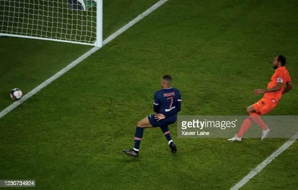 Kylian Mbappe of Paris Saint-Germain scores a goal during the Ligue 1 match between Paris Saint-Germain and Montpellier HSC at Parc des Princes on...