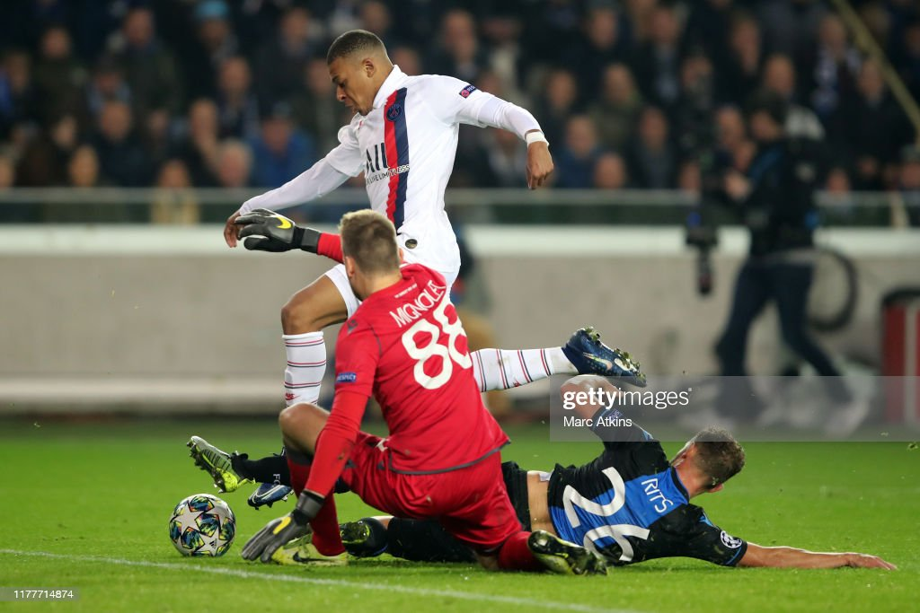 Club Brugge KV v Paris Saint-Germain: Group A - UEFA Champions League : News Photo