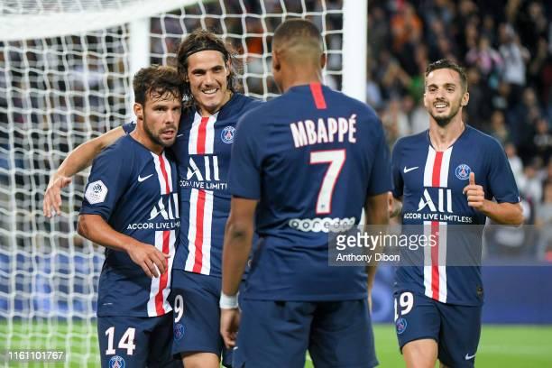 Kylian Mbappe of PSG celebrates his goal with Juan Bernat, Edinson Cavani and Pablo Sarabia during the Ligue 1 match between Paris Saint Germain and...