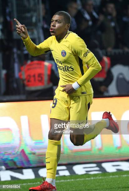 Kylian Mbappe of PSG celebrates his second goal during the French Ligue 1 match between Angers SCO and Paris Saint Germain at Stade Raymond Kopa on...