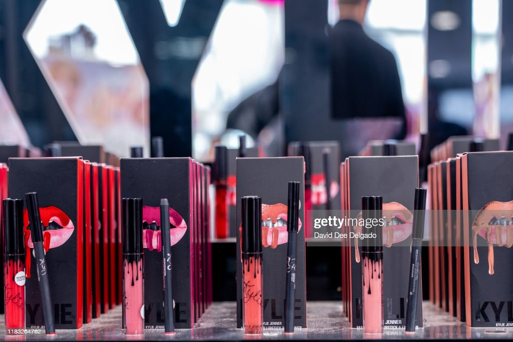 Beauty Company Coty Buys Majority Stake In Kylie Cosmetics For $600 Million : ニュース写真