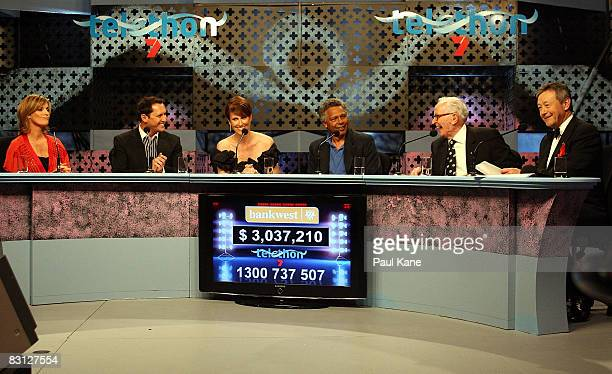 Kylie Gillies Larry Emdur Natalie Barr Ernie Dingo Stuart Wagstaff and Jeff Newman read donations on the panel during the Channel Seven Perth...