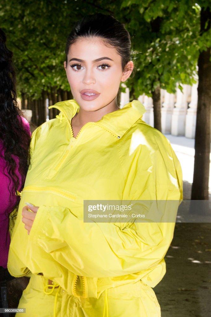 Louis Vuitton : Front Row - Paris Fashion Week - Menswear Spring/Summer 2019