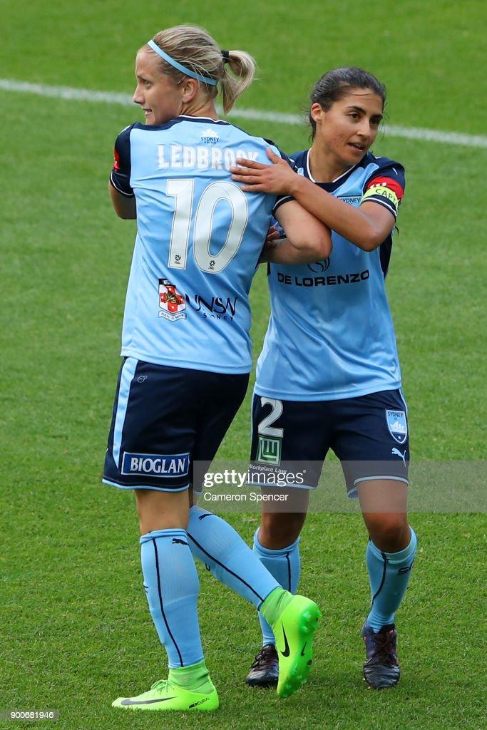 W-League Rd 10 - Sydney v Newcastle