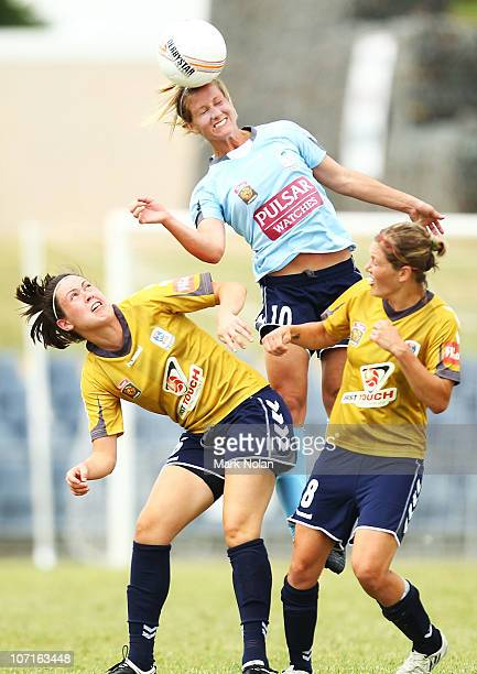 Kylie Ledbrook of Sydney heads the ball during the round four W-League match between Sydney FC and the Newcastle Jets at Campbelltown Sports Stadium...